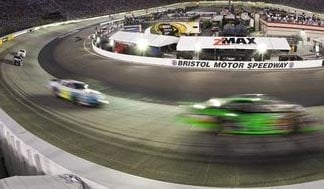 RacingToWall BristolMotorSpeedway
