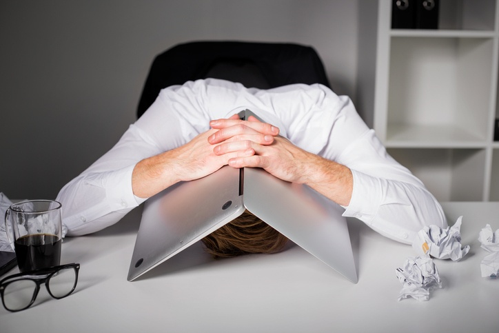 frustrated-sales-manager-1.jpg