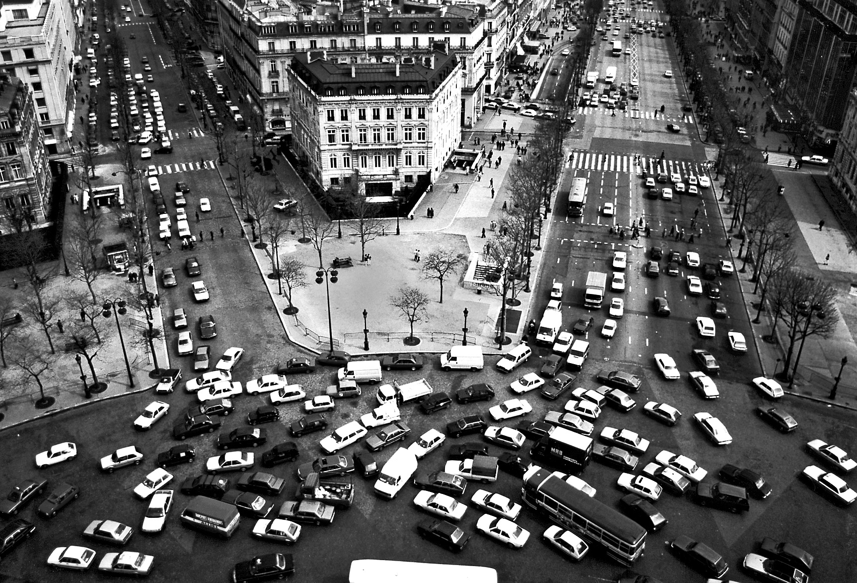 traffic-circle.jpg